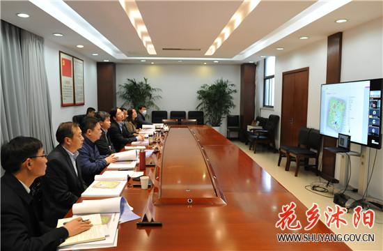 卞建军主持召开杭州路市民广场景观及建筑设计方案会审会
