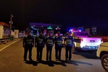 严查严打!沭阳县交通局集中整治非法营运车辆