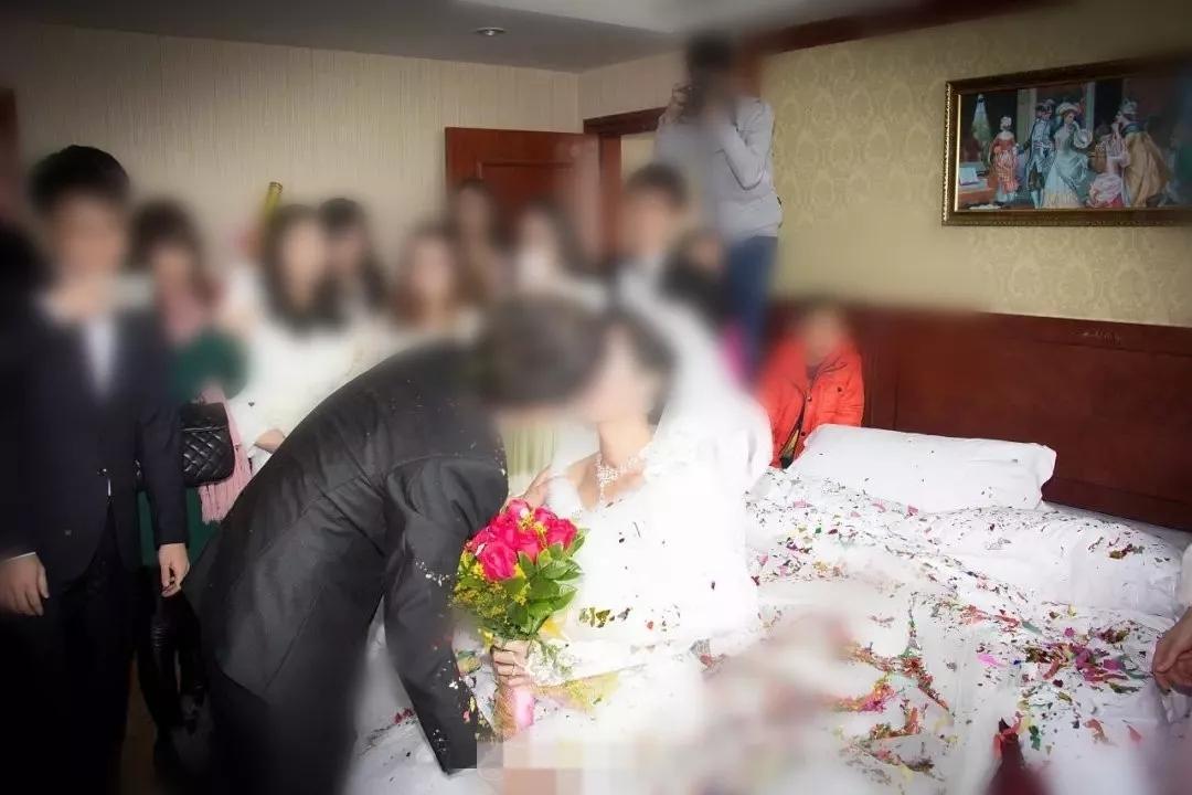 """新婚后发现丈夫不能""""洞房"""",女子向法院提起诉讼"""