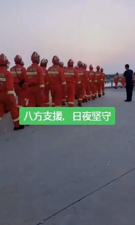为江苏各地来沭消防兵点赞,提前做好防汛抗洪准备,听说已经来了好多天了