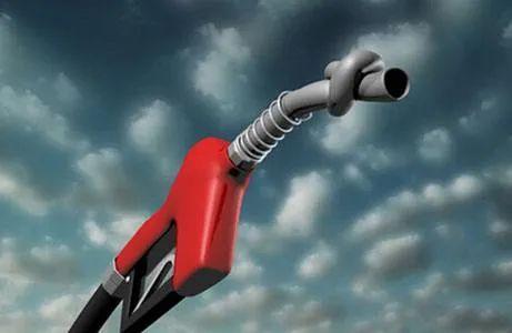 油价8连涨后,终于降了!